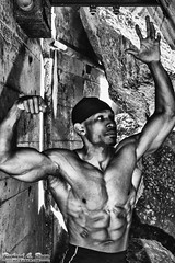 Bodybuilder - Jeremy - Chicago (Rick Drew - 15 million views!) Tags: usa chicago man black canon illinois big healthy muscle il cap strong strength bodybuilder doo rag fit mk5
