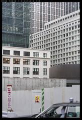 _7R2_DSC3286 copy (mingthein) Tags: urban japan zeiss t landscape tokyo chaos availablelight sony carl fe alpha ming 1885 sonnar batis onn thein photohorologer mingtheincom mingtheingallery a7rii a7r2