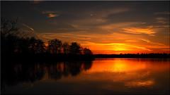 Winter Evening Sky (Ostseetroll) Tags: deu deutschland geo:lat=5403695062 geo:lon=1070088887 geotagged pönitzamsee scharbeutz schleswigholstein sonnenuntergang sunset see lake pönitzersee bäume trees spiegelungen reflections