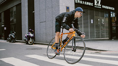 Jack Jang and his Low// (Y.C.Tang (唐以全)) Tags: fahrrad bicicleta bicicletta velo 자전거 픽시 自転車 ピスト trackbike pista 死飛 競輪 keirin fixie fixedgear 固齒 bikeporn bicycle cycling fixieporn vsco nnr low lowbicycles