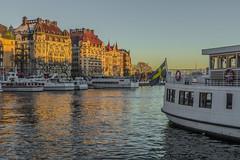 Sunset in Stockholm (PriscillaBurcher) Tags: strandvägen stockholm hotelesplanade hoteldiplomat jugendstilstyle l1050784 ferry ferries