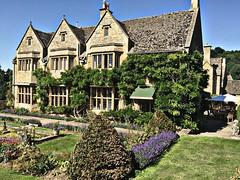 Country House (Heaven`s Gate (John)) Tags: buckland manor hotel restaurant johndalkin heavensgatejohn broadway cotswolds engalnd garden house blue sky grass sunshine architecture