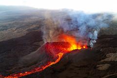 volcan02-d20 (loïcabadie) Tags: eruption pitondelafournaise laréunion réunion volcan lave