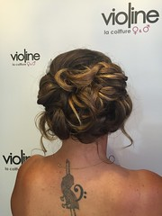 "Coiffure • <a style=""font-size:0.8em;"" href=""http://www.flickr.com/photos/115094117@N03/21198133010/"" target=""_blank"">View on Flickr</a>"