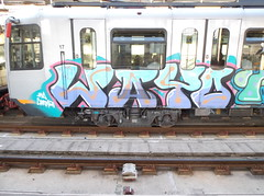 140 (en-ri) Tags: train writing graffiti metro genova zena azzurro metropolitana wayo