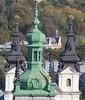 Előtérben a Korniakt-torony, háttérben a Karmelita templom tornyai (sandorson) Tags: travel lviv ukraine galicia lvov україна lwów lemberg galícia leopolis ukrajna львов львів галичина sandorson ilyvó halics