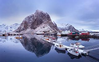 Floating Away | Lofoten, Norway