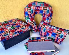 """Kit Caixa Viagem """"London"""" (Carinho na Caixa) Tags: viagem caderno filmes necessaire kitparapresente descansopescoo"""