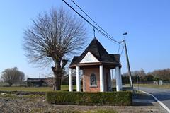 Sint-Jozefkapel, Moerzeke (Erf-goed.be) Tags: sintjozefkapel kapel moerzeke hamme archeonet geotagged geo:lon=41596 geo:lat=510573 oostvlaanderen