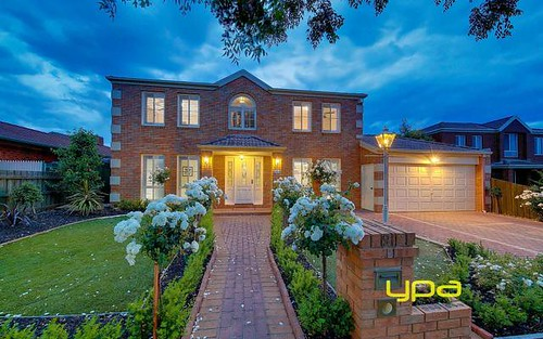 9 Honeysuckle Avenue, Hillside VIC