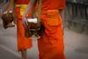 Laos 2016 (Marianne Zumbrunn) Tags: laos 2016 nikon d610 nikond610 70200mm f4 nikon70200mm monk buddhism orange people