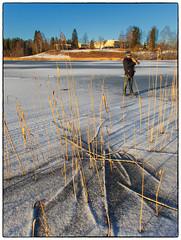 Fotograf på Nordbytjernet (Krogen) Tags: norge norway akershus romerike ullensaker krogen olympusthough4 nordbytjernet winter vinter januar january