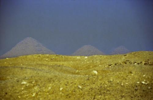"Ägypten 1999 (565) Kairo: Sakkra und Dahschur • <a style=""font-size:0.8em;"" href=""http://www.flickr.com/photos/69570948@N04/31745728612/"" target=""_blank"">View on Flickr</a>"