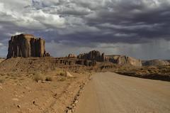 Monument Valley (robbar74) Tags: monumentvalley navajotribalpark utah arizona navajonationreservation highway163 usa cielo nuvole sky clouds summer estate