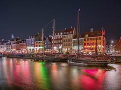 Copenhague (karinavera) Tags: travel sonya7r2 københavn port copenhagen reflections longexposure urban water street cityscape colors nikond5300 canals city copenhague nyhavn