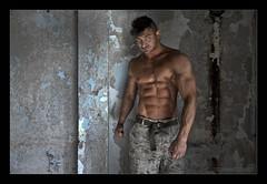 Davide De Martino VIII (Emilio Casini) Tags: athlete atleta body bodybuilder bodybuilding fitness fit nude malenude nudomaschile portrait ritratto artisticnude nudoartistico muscle muscoli muscularman fitnessmodel model eyes sguardo look occhi culturafisica culturismo