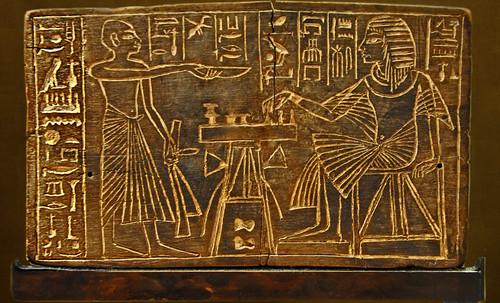 "Senet - Lujoso sistema de objetos lúdicos obsequio del dios Toht a la faraona Nefertari • <a style=""font-size:0.8em;"" href=""http://www.flickr.com/photos/30735181@N00/32521951195/"" target=""_blank"">View on Flickr</a>"