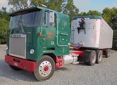 1983 Mack Cruiseliner (PAcarhauler) Tags: tractor truck semi mack coe cabover