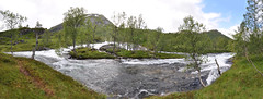 DSC_6321-27 (bromand) Tags: panorama norway nikon norwegen stitching photomerge balestrand fjell gebirge sognefjord d90 panoramabild 1224mmf4dx nikon1224mmf4 nikond90 panoramaphotomerge solmeta panomania afsnikkor1224mmf4ged fossestien solmetan1 geotaggersolmetan1 nikondxafsnikkor1224mmf4gedgeotagger