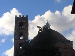 Che cosa sono le nuvole?  -  What are clouds ? (Cristina 63) Tags: blue sky italy cloud white tree church clouds europa europe italia nuvole nuvola cross blu lucca belltower chiesa campanile cielo tuscany cupola dome toscana albero bianco croce nwn piazzaantelminelli chiesadisangiovanniesantareparata