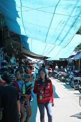 Mae Hong Son market (Geoff_B) Tags: shopping thailand october market maehongson unprocessed 2015