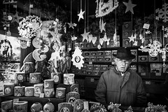 hat trick (Ivan Pekić - www.ivanpekic.com) Tags: hat ulm germany christmass man kind stand gig stars decoration street candles light lights
