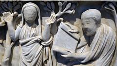 Unfinished orant and male in philosopher pose, Santa Maria Antiqua Sarcophgus