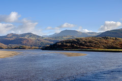 Barmouth Estuary (Howie Mudge LRPS) Tags: barmouth estuary sea water hills mountains caderidris cadairidris sky clouds landscape nature photography photographer gwynedd wales cymru uk travel travelling traveler outside outdoors clear fuji fujifilm xt1 fujifilmxt1 fujixt1 xf27mmf28