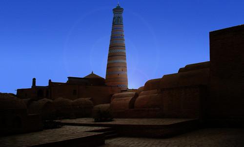"Torres legendarias / Faros, minaretes, campanarios, rascacielos • <a style=""font-size:0.8em;"" href=""http://www.flickr.com/photos/30735181@N00/32155282190/"" target=""_blank"">View on Flickr</a>"