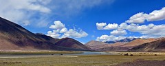 The Peace Land !! (Lopamudra !) Tags: lopamudra lopamudrabarman lopa india landscape ladakh indus indusvalley himalaya himalayas highaltitude highland river mountain mountains sky skyscape clouds cloud peace picturesque picture valley vale nyoma niyoma jk