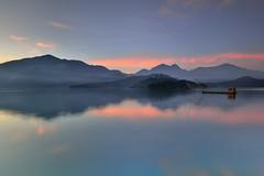 日月潭~晨靜~ Sun moon lake dawn (Shang-fu Dai) Tags: 台灣 taiwan 日月潭 南投 魚池 nikon d800 sunrise 日出 1635mm sky 雲彩 landscape formosa dawn sunmoonlake lake