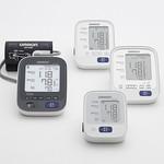 上腕式血圧計の写真