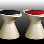 フライングスツール 黒 赤(シート色)の写真