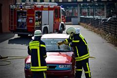 Übung - Technische Hilfeleistung (ralf.rosenow) Tags: 16 feuerwehr gelsenkirchen technische resse pkw löschzug hilfeleistung brandhaus zfrw2