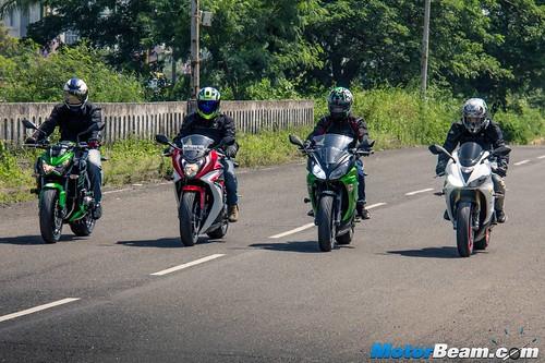 Ninja-650-vs-Honda-CBR650F-vs-Z800-vs-Triumph-Daytona-675-07