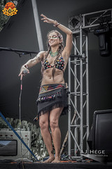 Earthdance Florida (AJ Hége Photography) Tags: show musician music woman beautiful female canon fun concert community florida stage review performance event talent article singer earthdance perform performer lakeland 2015 60d furtographer newsource maddoxranch karinaskye ajhegephotography ajhégephotography thelotustemplestage earthdanceflorida