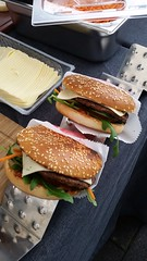 "#hummercatering #tag 2 = noch einmal 1000 #Burger.  #Garant #rheda-wiedenbrück #A2Forum #mobile #bbq #grill #Burger #Event #Kongress #Messe #Business #Catering #service  http://goo.gl/lM2PHl • <a style=""font-size:0.8em;"" href=""http://www.flickr.com/photos/69233503@N08/22684076540/"" target=""_blank"">View on Flickr</a>"
