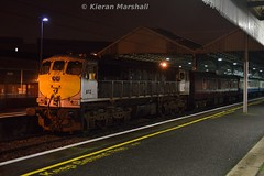 072 at Connolly, 12/12/15 (hurricanemk1c) Tags: dublin irish train gm rail railway trains railways irishrail generalmotors 2015 emd connolly 071 072 iarnród éireann iarnródéireann