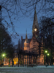 _C130284 Evening Sagene church.jpg (JorunT) Tags: sagene kirke kveld blåtime uke50