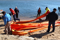 GRP-Edgartown- 2016-10-25 02 (Massachusetts Dept. of Environmental Protection) Tags: grp exercise boom oilspillresponse training firstresponders mospra massachusetts marthasvineyard 2016 edgartown massdep massoilspillact geographicresponseplan water harbor boat