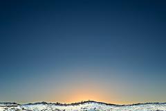 Pôr do sol, Keriđ (Daniel Caridade) Tags: sky sunset volcano blue golden snow mountain circle montanha azul crater dourado céu neve círculo pôrdosol cratera kerid iceland vulcão islândia keriđ