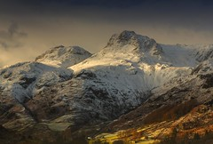 Langdale Pikes in Winter (Explored) (sunstormphotography.com) Tags: langdalepikes landscape langdale langdalevalley harrisonsstickle pikeostickle cumbria cumbrianmountains cumbrianfells lakedistrict winter snow mountains canon24105l canon5dmark3 polarisingfilter ndgradfilter