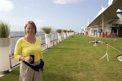 101/105 01-01-2017 Caribbean Sea (Mark Hewson) Tags: celebrity equinox lawn