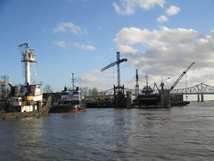 New Orleans: coming into Algiers ferry terminal (shermaniac) Tags: clouds boats louisiana neworleansla mississippiriver