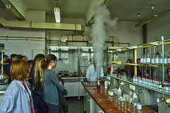 Wanna see something cool? (ChemiQ81) Tags: chemistry chemia laboratory lab laboratorium polska poland polen polish polsko pologne polonia pi day święto liczby pokazy show chem chemiq chemical chemiczny eksperyment experiment doświadczenie chemie