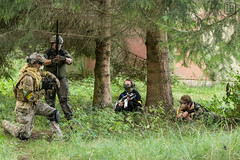 150829-16-46-36-- (chaotenimsondereinsatz) Tags: portrait people trooper game germany soldier army deutschland war uniform gun fighter im action outdoor games krieg menschen weapon soldiers warrior guns cis weapons soldat wargames soldaten armee personen airsoft waffe truppe softair chaoten waffen kmpfer sondereinsatz chaotenimsondereinsatz