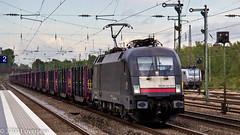 Taurus 182 513 on steel slab at Dusseldorf Rath (37001 overseas) Tags: siemens taurus dsseldorfrath mrcedispolok 182513 es64u2013