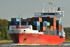 BF Confianza (Bernhard Fuchs) Tags: water boat nikon ship ships cargoships feeder vessel cargo schiffe nok containerschiff frachtschiff unifeeder containerschiffe sehestedt frachtschiffe