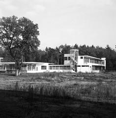 Zonnestraal, Hilversum 2015 (j.vandergaag) Tags: blackandwhite 120 film netherlands architectural unesco hilversum worldheritage zonnestraal mamiyac220 ilfordfp4 2015 janduiker epsonv600