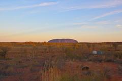 Uluru Sunset (Ayers Rock) (sugar**) Tags: ayersrock alicesprings northernterritory australia outback redcentre エアーズロック アリススプリングス ノーザン・テリトリー オーストラリア アウトバック レッドセンター adventure travel アドベンチャー 旅行